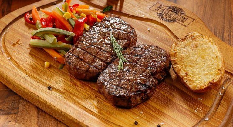 food steak meat soup